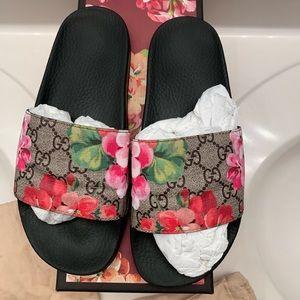 """GUCCI """"Bloom"""" Sandals/Slides"""